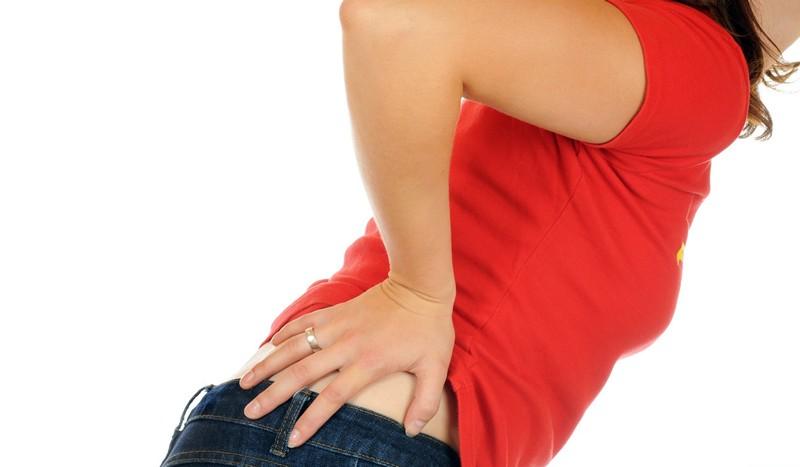 Di curare il mal di schiena lombare: farmaci con lombalgia..